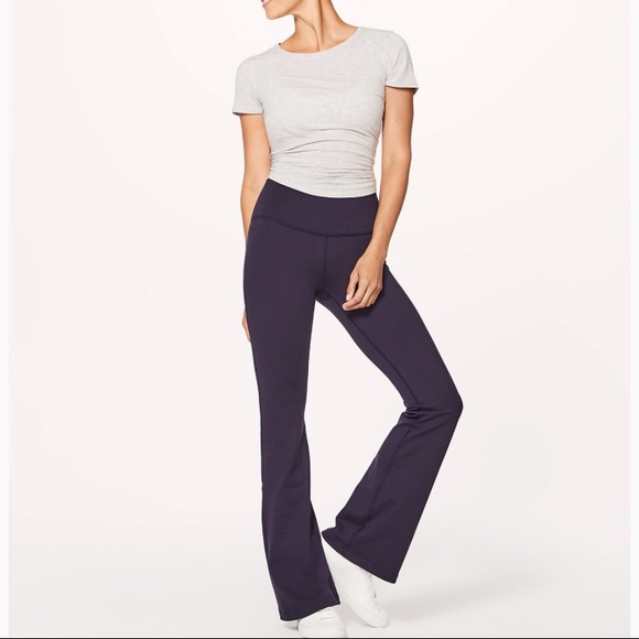 lululemon athletica Pants - lululemon yoga pants 410fcae9a88